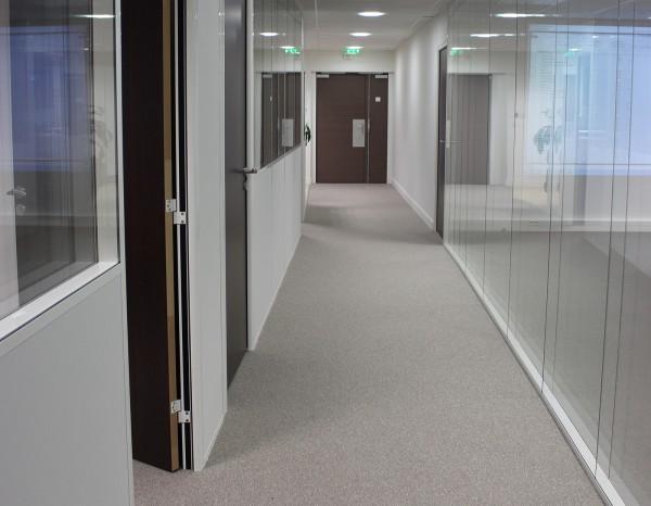 cloison-couloir-bureau