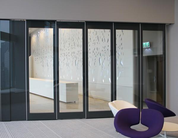 mur mobile en verre